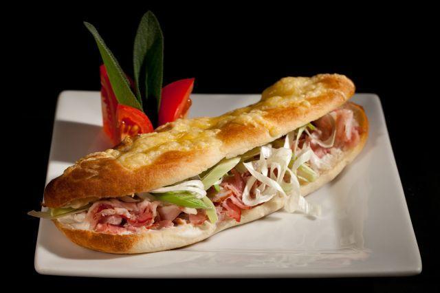 Baconos hagymás szendvics