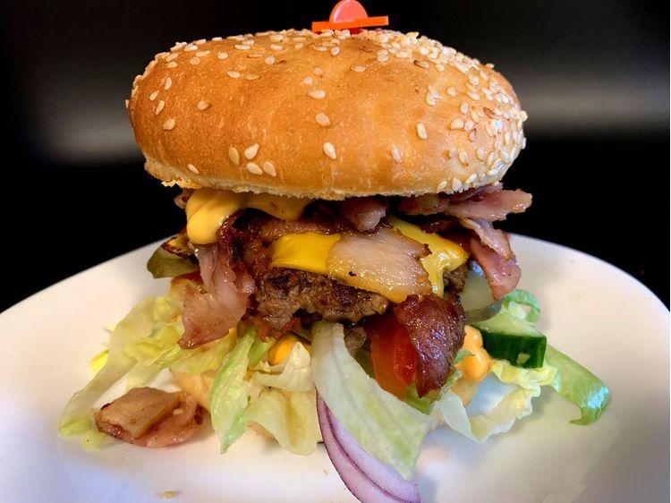 Kis baconburger